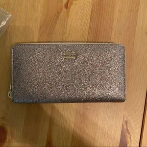 Kate Spade Sparkly Wallet with zipper